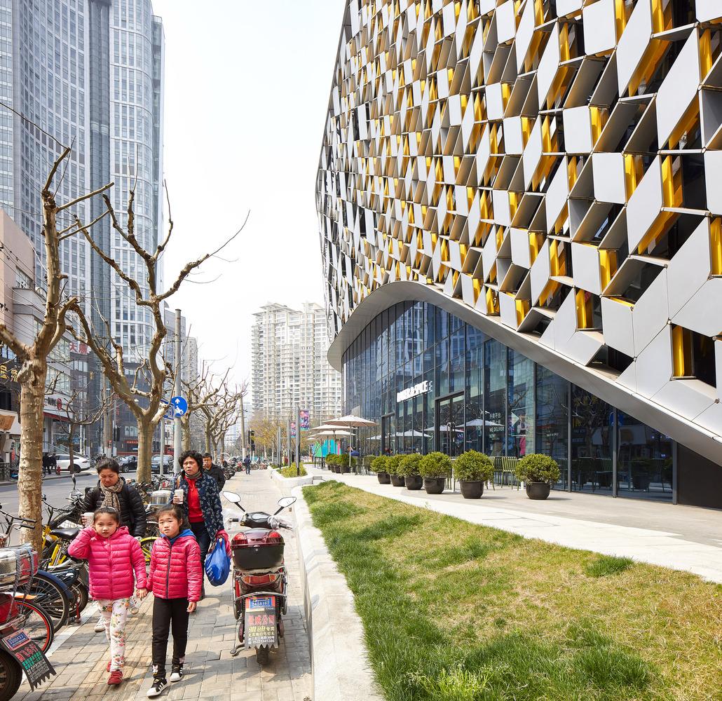 UNS_Lane89_Shanghai_cHufton_Crow_007